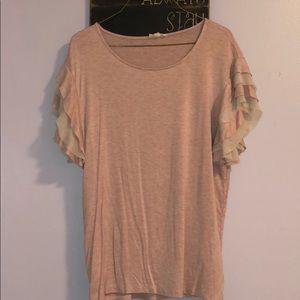 Mauve ruffle sleeve shirt. Size M.